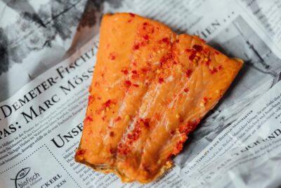 Bio Lachs Filet geräuchert mit Chili - Chililachs